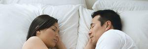 Lần đầu quan hệ, bạn gái cần cân nhắc điều gì?