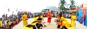 Ngư dân Quảng Ngãi xuất quân ra khơi đầu năm