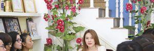 Người hâm mộ lặn lội về Đà Nẵng chúc Tết Mỹ Tâm