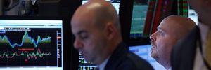 Chứng khoán Âu, Mỹ khởi sắc nhờ các báo cáo kinh tế lạc quan