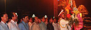 Thủ tướng Chính phủ dâng hoa tại Quảng trường Hồ Chí Minh