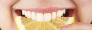 Tuyệt chiêu làm trắng răng cấp tốc tại nhà
