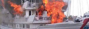 Tàu du lịch cháy ở Hạ Long: Tạm dừng hoạt động các tàu của VIT