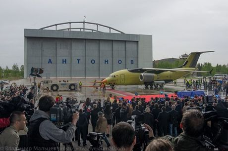 Trung Quoc mua may bay van tai moi An-178 Ukraina vua bay thu lan dau tien - Anh 10