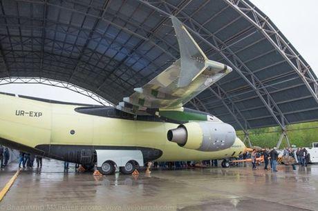 Trung Quoc mua may bay van tai moi An-178 Ukraina vua bay thu lan dau tien - Anh 12