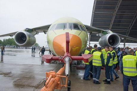 Trung Quoc mua may bay van tai moi An-178 Ukraina vua bay thu lan dau tien - Anh 13