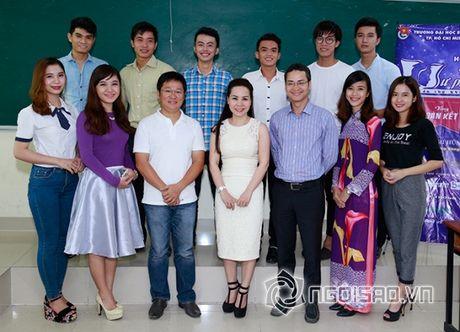 Nữ hoàng Doanh nhân Ngô Thị Kim Chi dep thanh lich di lam giam khao cuoc thi 'Net Dep Su Pham 2015' - Anh 14