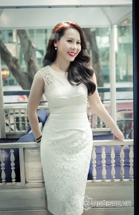 Nữ hoàng Doanh nhân Ngô Thị Kim Chi dep thanh lich di lam giam khao cuoc thi 'Net Dep Su Pham 2015' - Anh 6