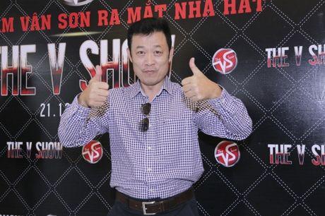Vân Sơn bất ngờ tái ngộ Trường Vũ trong liveshow đầu năm