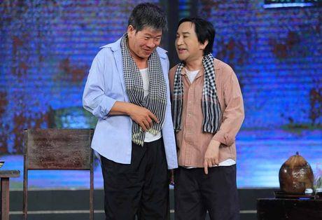 NSƯT Kim Tử Long bị vợ đánh, đuổi khỏi nhà ở tiểu phẩm hài