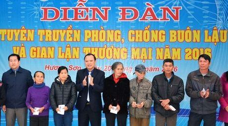 Hải quan Hà Tĩnh phối hợp tuyên truyền phòng, chống buôn lậu, gian lận thương mại