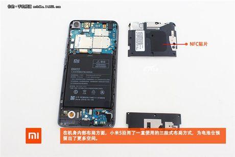 Rã máy Xiaomi Mi 5: tháo dễ dàng, mạch gọn gàng, nhưng không có hệ thống tản nhiệt