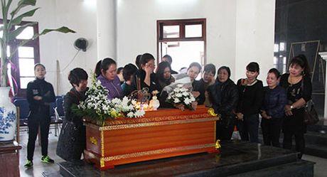 Nghẹn lòng đám tang tiễn biệt hai ông cháu bị xe Camry đâm