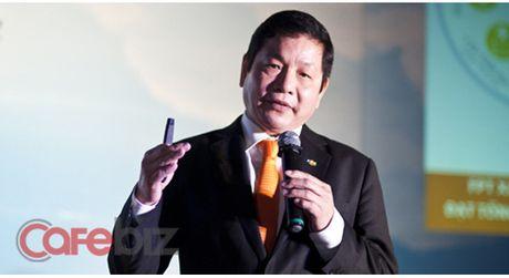 """Chu tich FPT Truong Gia Binh: """"Nhung dua tre ngoan ngoan biet nghe loi sau nay se khong lam nen chuyen"""" - Anh 1"""
