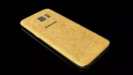 Ban co dam bo 3.000 USD cho chiec Galaxy S7 va S7 edge nay khong? - Anh 1