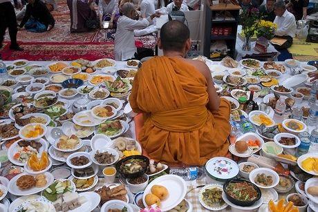 Le mung nam moi Chol Chnam Thmay cua nguoi Khmer - Anh 2