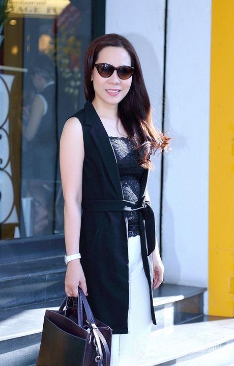 Nữ hoàng Doanh nhân Ngô Thị Kim Chi thanh lich du ra mat album tuong nho nhac si Thanh Tung - Anh 7
