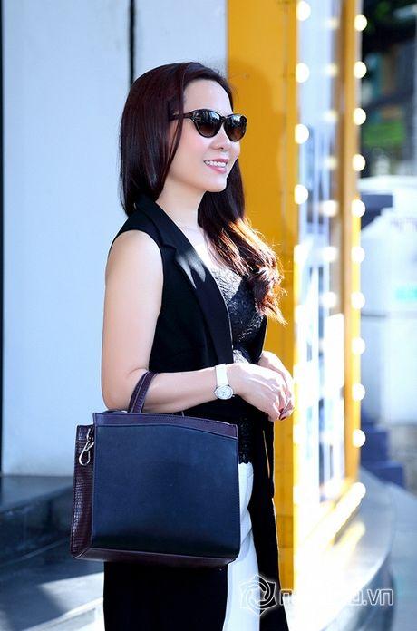 Nữ hoàng Doanh nhân Ngô Thị Kim Chi thanh lich du ra mat album tuong nho nhac si Thanh Tung - Anh 8