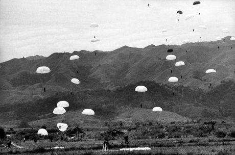 """Dien Bien Phu 7/5/1954: Nhung buc anh """"chan dong dia cau"""" - Anh 10"""