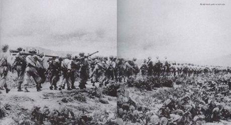 """Dien Bien Phu 7/5/1954: Nhung buc anh """"chan dong dia cau"""" - Anh 14"""