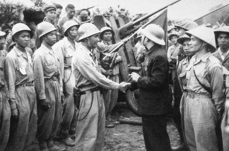 """Dien Bien Phu 7/5/1954: Nhung buc anh """"chan dong dia cau"""" - Anh 18"""