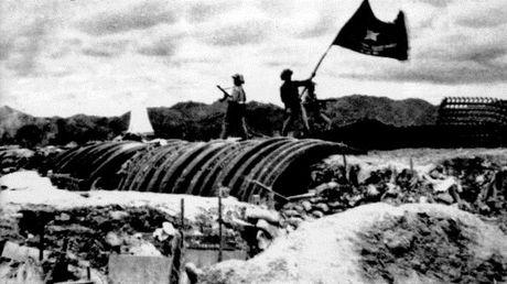"""Dien Bien Phu 7/5/1954: Nhung buc anh """"chan dong dia cau"""" - Anh 24"""