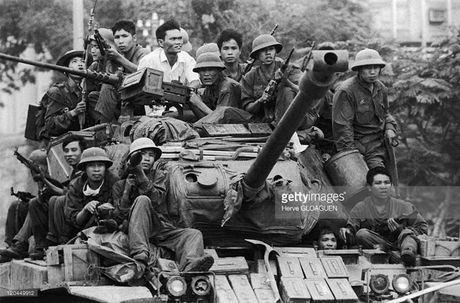 Diem danh vu khi My ma QDND Viet Nam dang dung - Anh 8