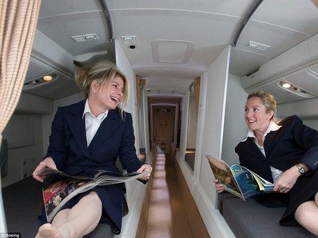 Tận mắt xem phòng ngủ bí mật trên máy bay của tiếp viên, phi công