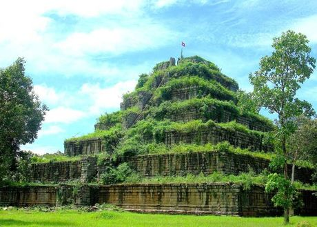 Campuchia dang hut khach du lich - Anh 12