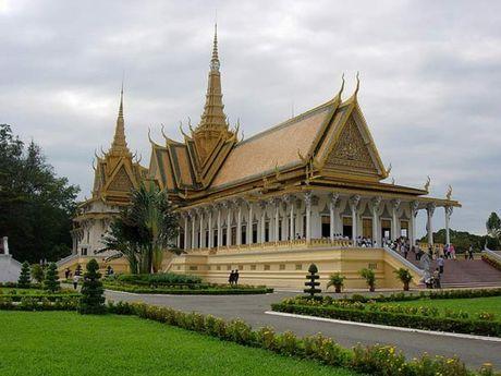 Campuchia dang hut khach du lich - Anh 1