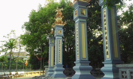 3 277550 Những bí mật ít người biết về câu chuyện thần rắn trắng tại Đền thờ Đức Thánh Đầm