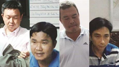 Tin kho tin: Pho chu tich thu nhap 800 trieu dong mot nam va khong it nguoi lam quan chuc khong co gi ngoai tien - Anh 4