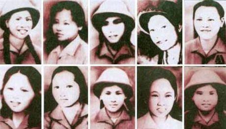 Huong den ky niem 69 nam ngay Thuong binh - liet sy (27/7/1947 - 27/7/2016): Nga ba Dong Loc – Ruc chay ngon lua vinh hang - Anh 2
