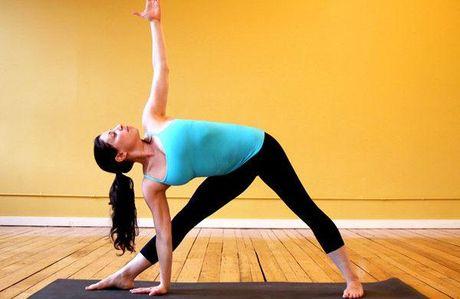 Bai tap yoga don gian giup tang cuong suc khoe va suc de khang - Anh 3