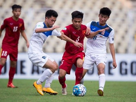 Can canh U16 Viet Nam vao tu ket, cach World Cup 1 tran dau - Anh 1