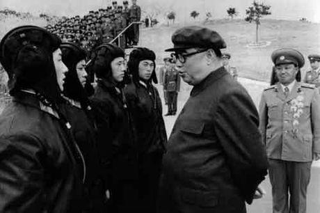 Kim Jong-un khac cha, giong ong noi the nao - Anh 2