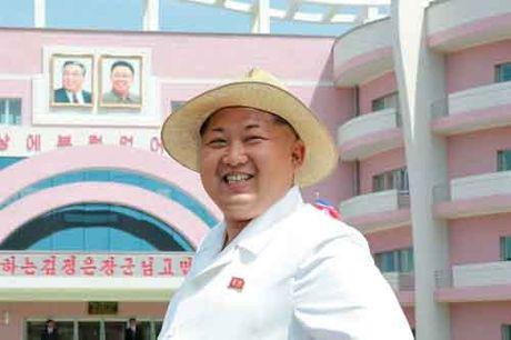 Kim Jong-un khac cha, giong ong noi the nao - Anh 7