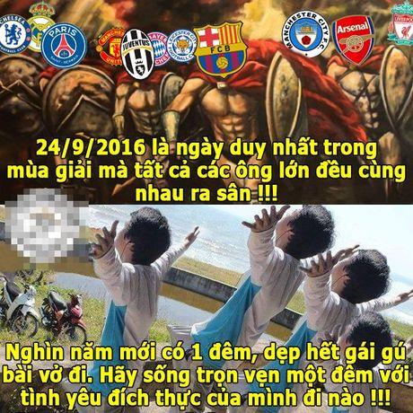 Anh che: Fan bong da 'mat an mat ngu' vi ngay 24/09; Futsal VN buoc vao ngoi den huyen thoai cua cac huyen thoai - Anh 1