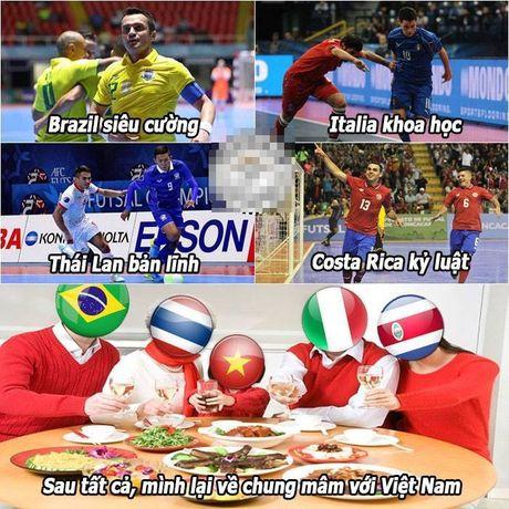 Anh che: Fan bong da 'mat an mat ngu' vi ngay 24/09; Futsal VN buoc vao ngoi den huyen thoai cua cac huyen thoai - Anh 4