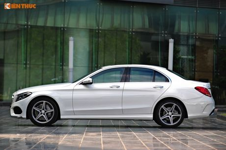 """Ca sy Tuan Hung """"do"""" Mercedes-Benz C200 mau cam noi bat - Anh 10"""