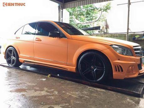 """Ca sy Tuan Hung """"do"""" Mercedes-Benz C200 mau cam noi bat - Anh 2"""
