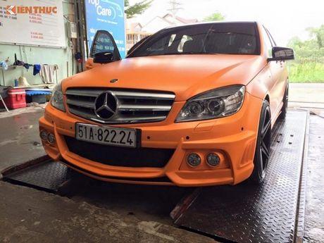 """Ca sy Tuan Hung """"do"""" Mercedes-Benz C200 mau cam noi bat - Anh 3"""