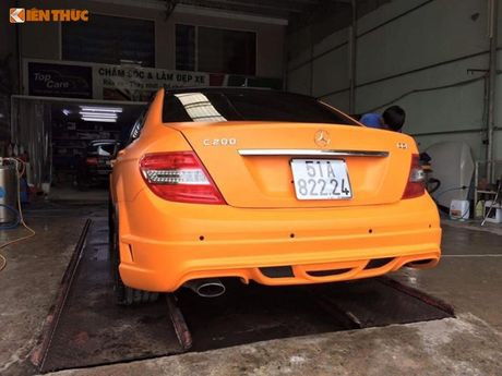"""Ca sy Tuan Hung """"do"""" Mercedes-Benz C200 mau cam noi bat - Anh 6"""