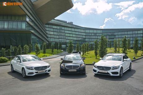 """Ca sy Tuan Hung """"do"""" Mercedes-Benz C200 mau cam noi bat - Anh 7"""