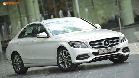 """Ca sy Tuan Hung """"do"""" Mercedes-Benz C200 mau cam noi bat - Anh 8"""