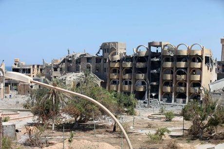 Chien truong danh IS o Libya nong ham hap - Anh 10