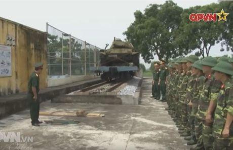 Bat ngo: Xe tang M41 cua Viet Nam tai xuat - Anh 1