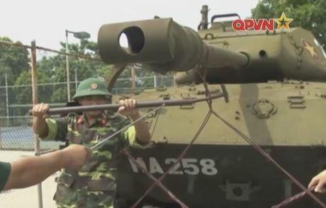 Bat ngo: Xe tang M41 cua Viet Nam tai xuat - Anh 2