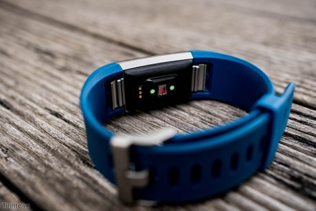 Tren tay Fitbit Charge 2: Hoan thien dep, sac sao, ho tro chay bo, dap xe, pin 5 ngay - Anh 10