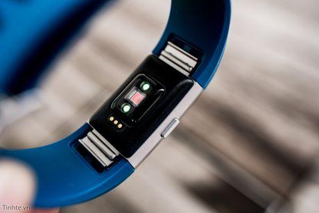 Tren tay Fitbit Charge 2: Hoan thien dep, sac sao, ho tro chay bo, dap xe, pin 5 ngay - Anh 11